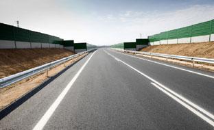 Las actuaciones permitirán la renovación de los elementos de balizamiento en las carreteras autonómicas.
