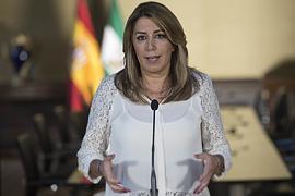 Susana Díaz, durante su comparecencia ante los medios de comunicación en San Telmo.