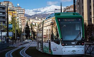 El Metropolitano de Granada prevé alcanzar los 11 millones de viajeros en su primer año en funcionamiento.