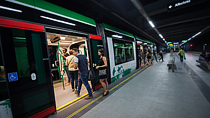 Billetes univiaje y ida y vuelta y tarjetas monedero para subirse al metro