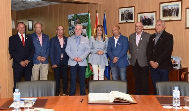 """Díaz ha resaltado el """"peso"""" de Huelva en el sector agroalimentario andaluz y ha subrayado que la provincia es la """"principal productora de frutos rojos""""."""