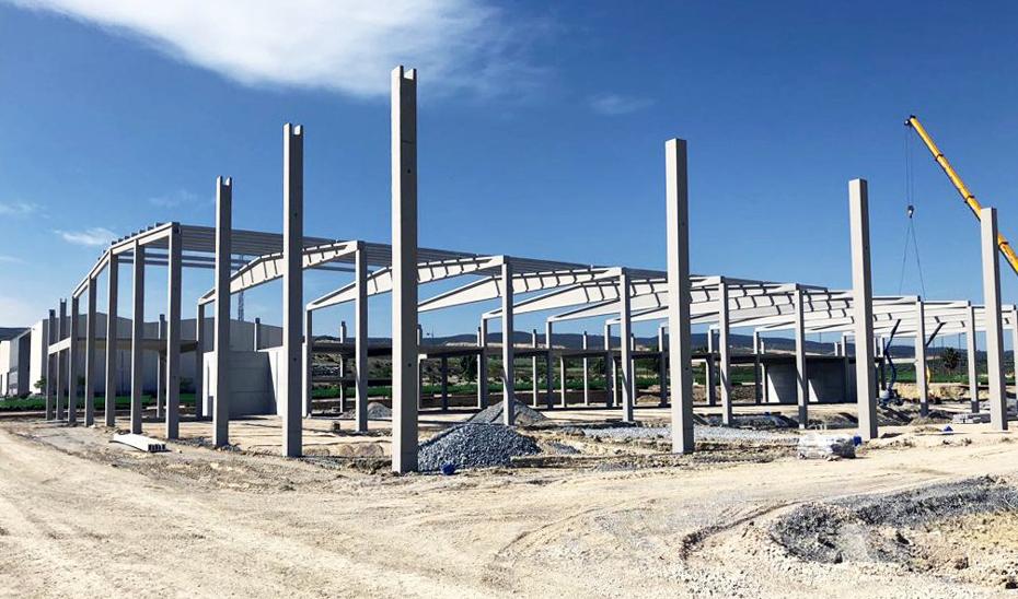 Construcción de las nuevas instalaciones de Industrias Espadafor, en Escúzar (Granada).