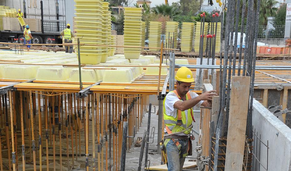 Al cierre del mes de septiembre, el número de trabajadores inscritos en la construcción ha crecido un 6,7%.