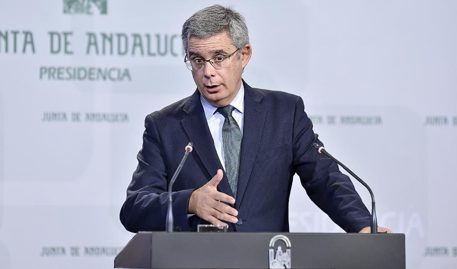 Blanco informa sobre la propuesta para la declaración de la Sierra de las Nieves como Parque Nacional