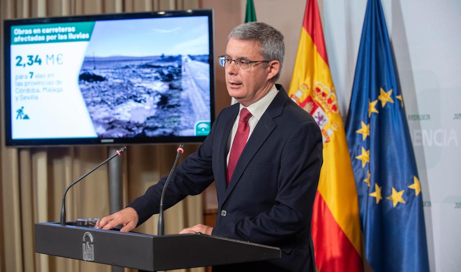 Blanco explica las obras de emergencia en siete carreteras de Córdoba, Málaga y Sevilla afectadas por las lluvias