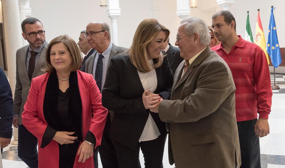 La presidenta andaluza recibió a la nueva Junta Rectora de la Federación de Organizaciones Andaluzas de Mayores (FOAM).