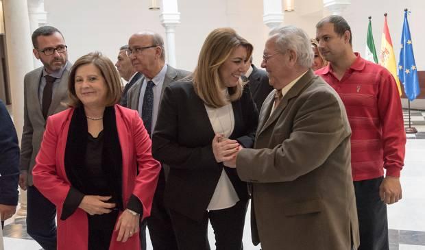 Díaz reitera su compromiso en dependencia y pensiones con los mayores