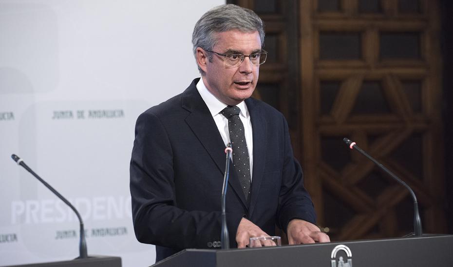 Blanco informa sobre la contratación centralizada del soporte informático provincial del SAS por 22,6 millones