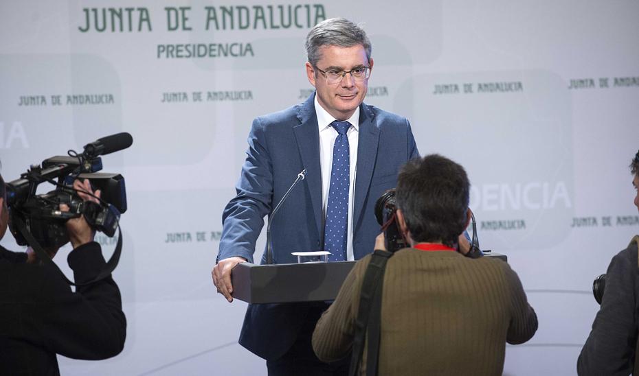 Blanco avanza una inversión de 110 millones en tres años para mejorar el medio forestal andaluz