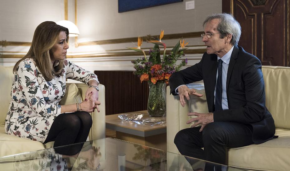 Susana Díaz y Saint-Geours, durante su encuentro.