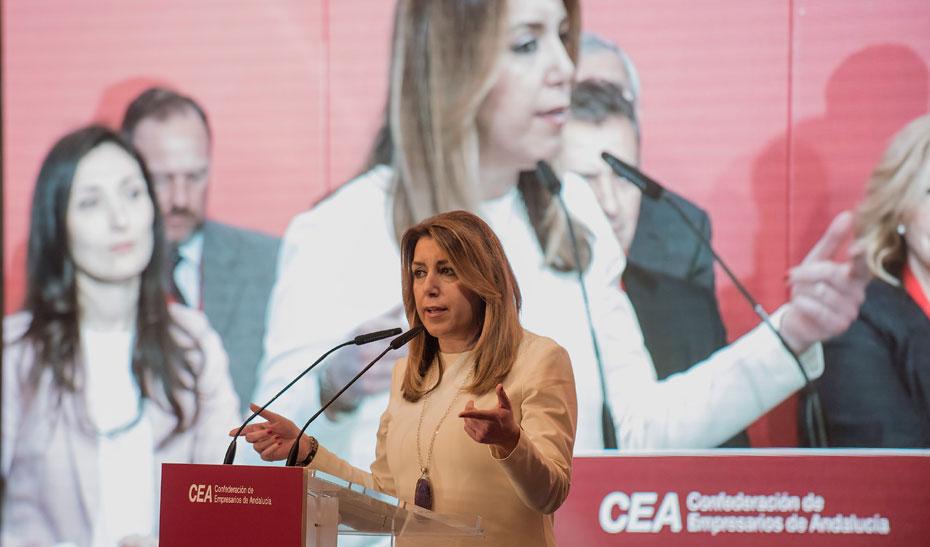 Intervención de Díaz en la toma de posesión del presidente de la CEA, Javier González de Lara, tras su reelección