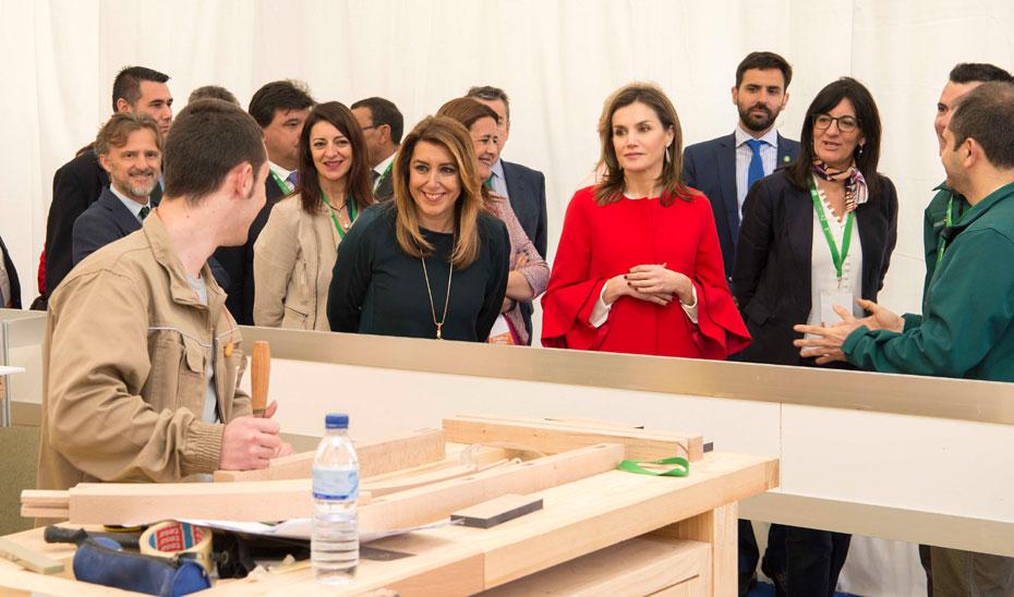Díaz asistió, junto a la reina Letizia, al V Campeonato de Formación Profesional AndalucíaSkills.
