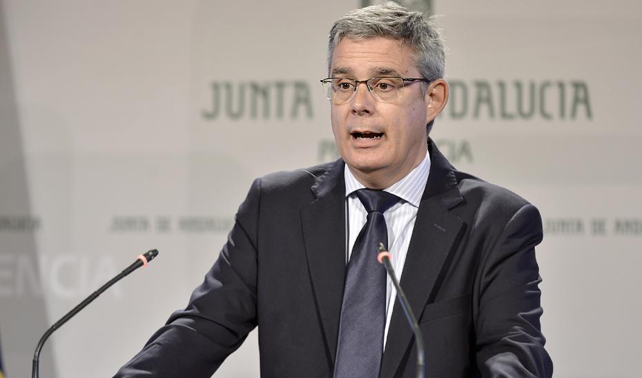 Blanco informa sobre el apoyo con 8,57 millones a dos proyectos agroalimentarios en Jabugo y Cártama