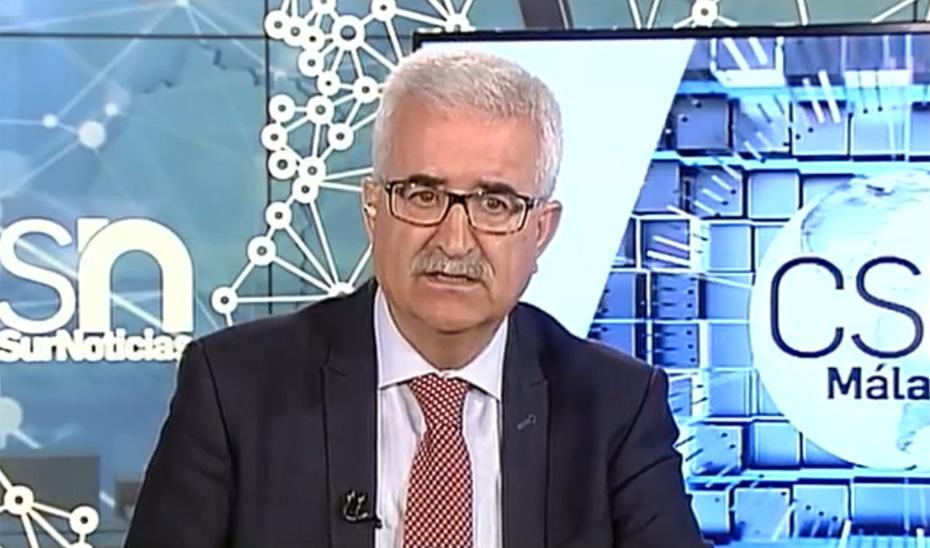 El vicepresidente de la Junta y consejero de la Presidencia, Administración Local y Memoria Democrática, Manuel Jiménez Barrios en una entrevista concedida a Canal Sur Televisión.