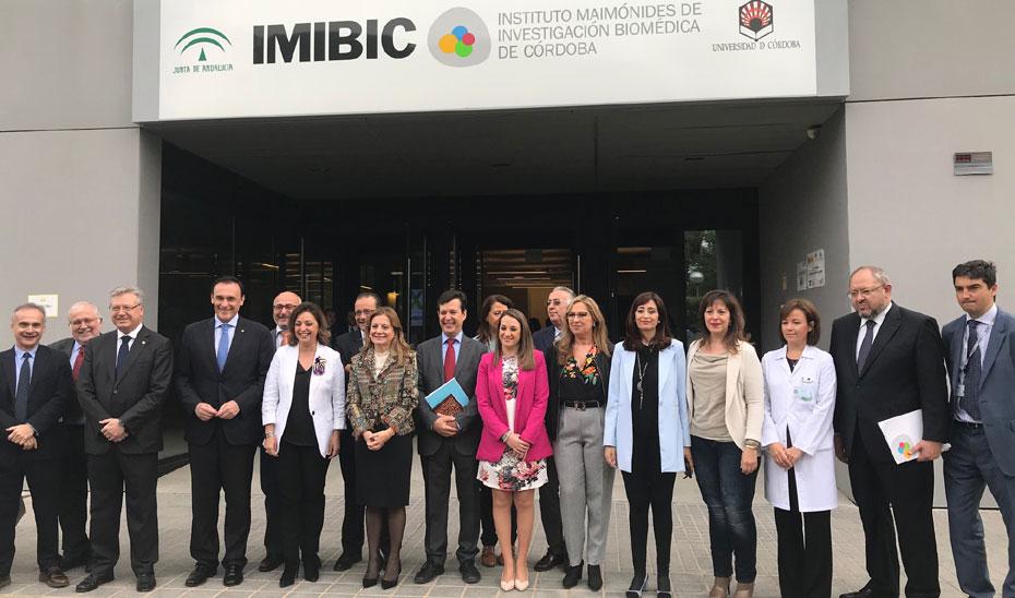 Álvarez asistió a los actos de aniversario del Instituto Maimónides de Investigación Biomédica de Córdoba.