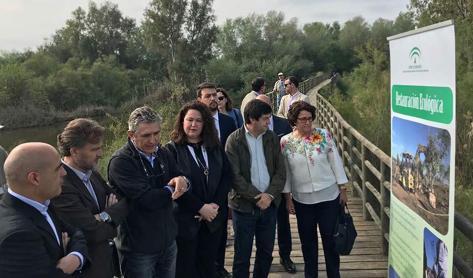 José Fiscal, segundo por la izquierda, en los actos conmemorativos del 20 aniversario del vertido de Aznalcóllar.