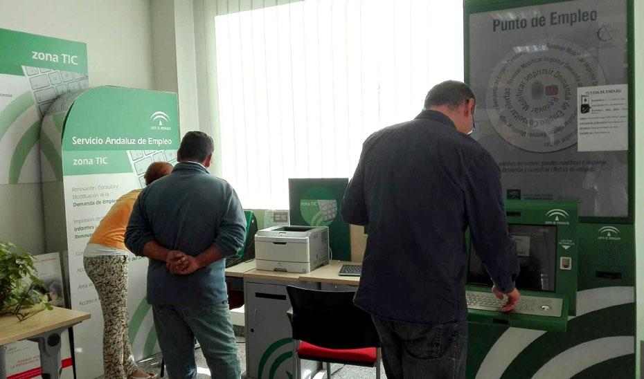 Punto de empleo para desempleados del Servicio Andaluz de Empleo (SAE).