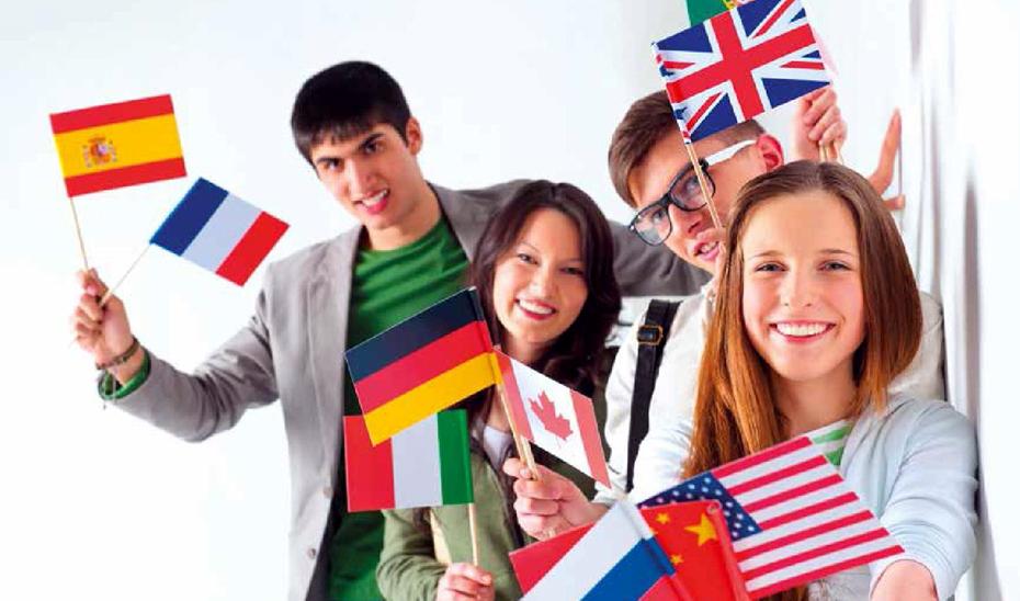 Este programa de intercambios escolares tiene como objetivo reforzar el aprendizaje de idiomas fuera del ámbito escolar.