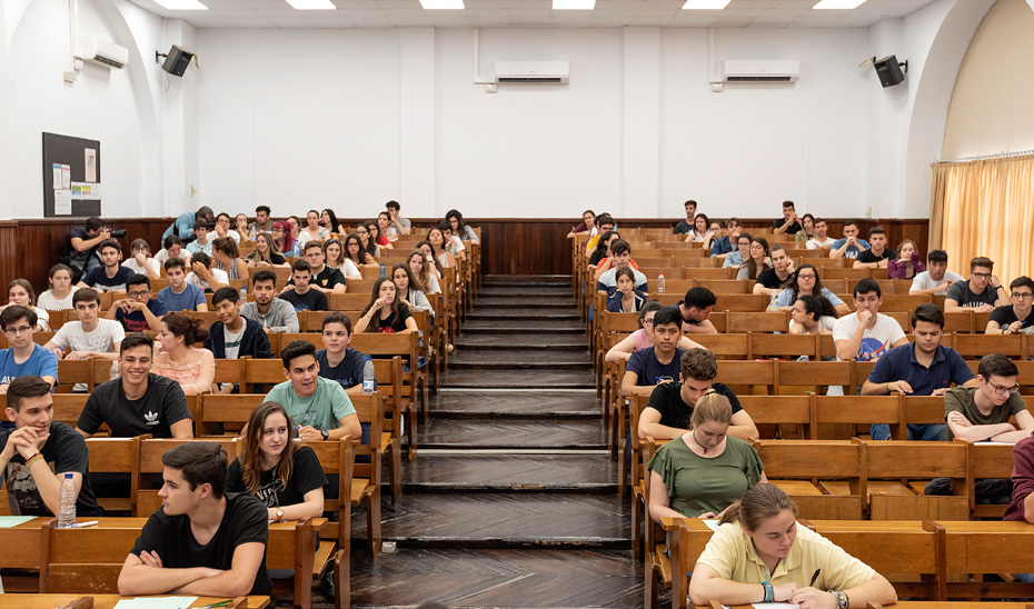 La Prueba de Evaluación de Bachillerato para el Acceso a la Universidad (PevAU) se llevará a cabo en Andalucía el próximo año 2019 los días 11, 12 y 13 de junio.
