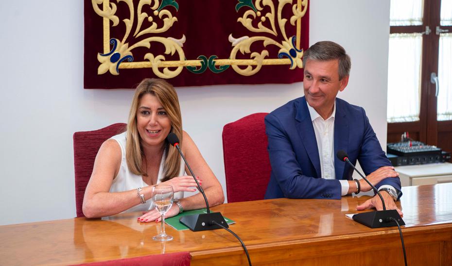 Díaz destaca la inversión de 1,9 millones para dependencia en Salteras, con 150 beneficiarios