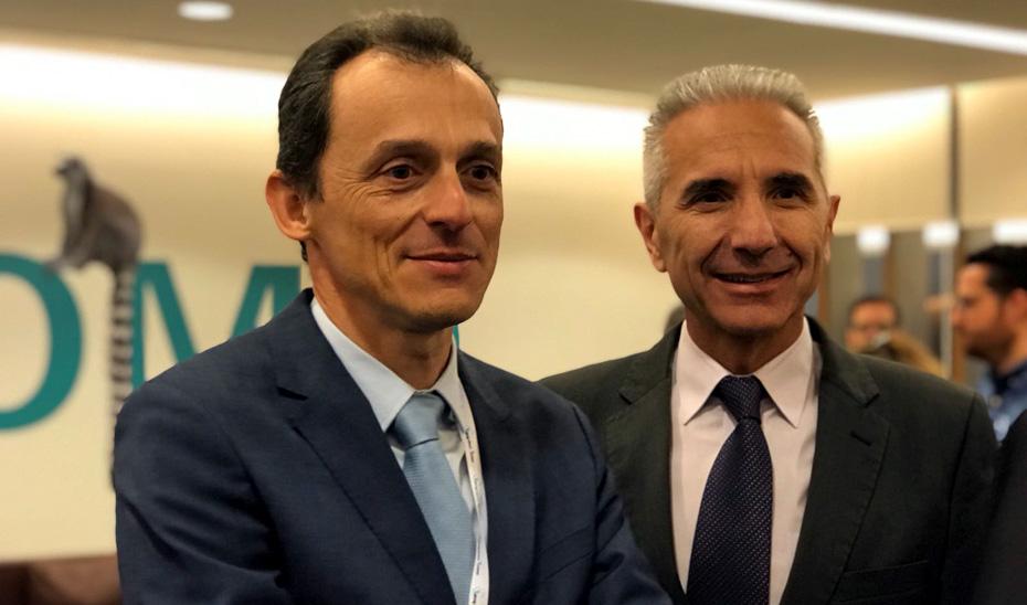 El consejero de Cultura, Miguel Ángel Vázquez, ha asistido a la VI edición del Talking About Twitter (TAT) junto al ministro de Ciencia, Innovación y Universidades, Pedro Duque.