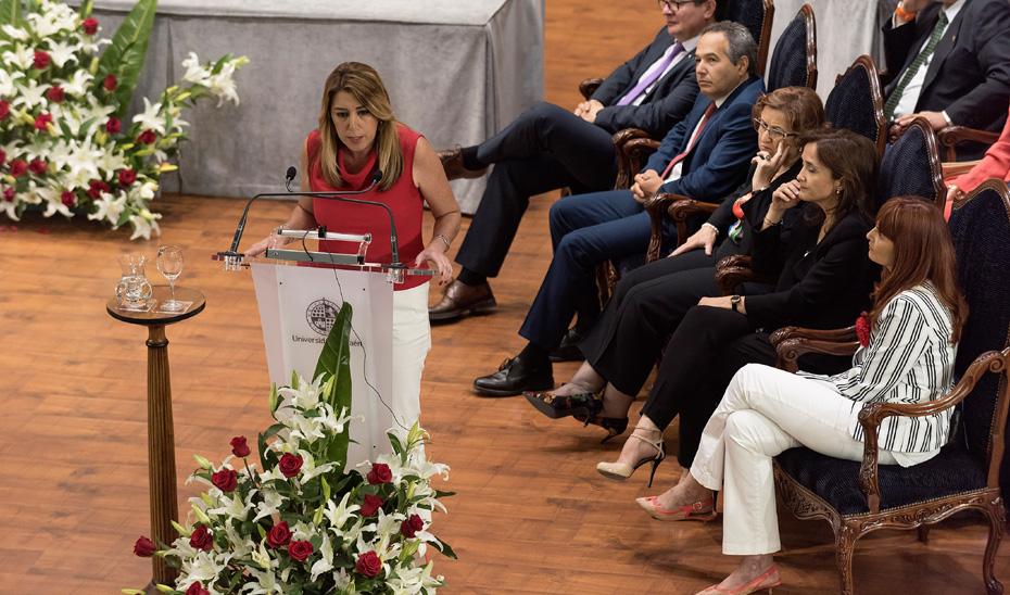 Díaz vincula la bonificación de matrículas a un mayor rendimiento en las universidades