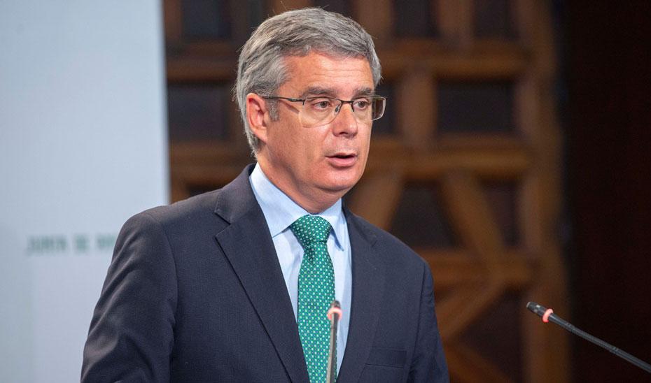 Blanco expone el Plan de Desarrollo Sostenible del Parque Natural de la Bahía de Cádiz