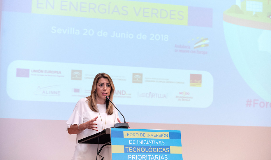 Díaz destaca que Andalucía está 5 puntos por encima de la media en renovables