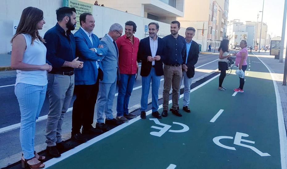La Junta invertirá en el carril bici de Cádiz alrededor de cinco millones de euros.