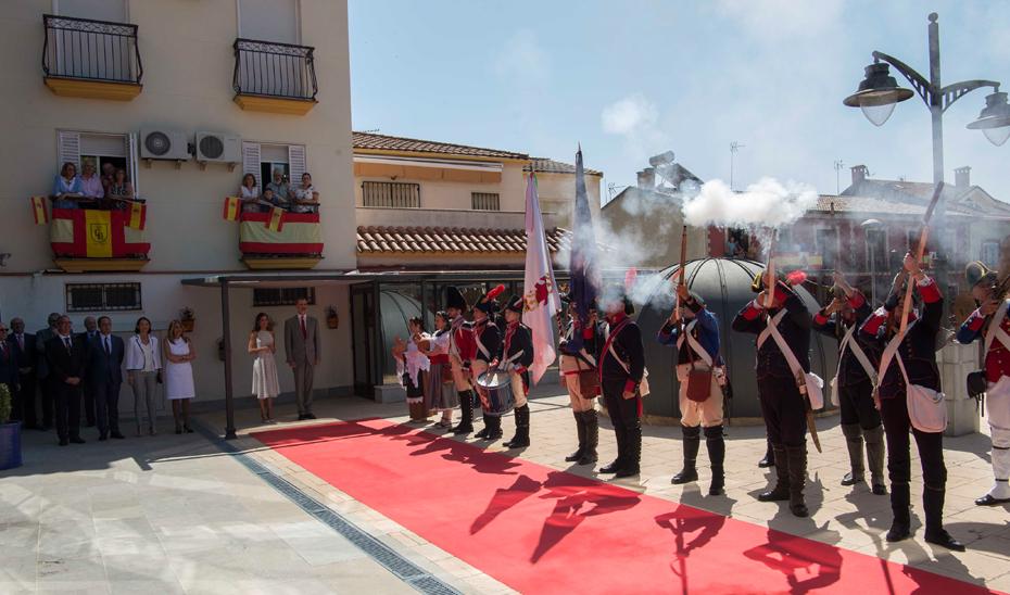 Susana Díaz acompaña a los Reyes en el 210 aniversario de la Batalla de Bailén