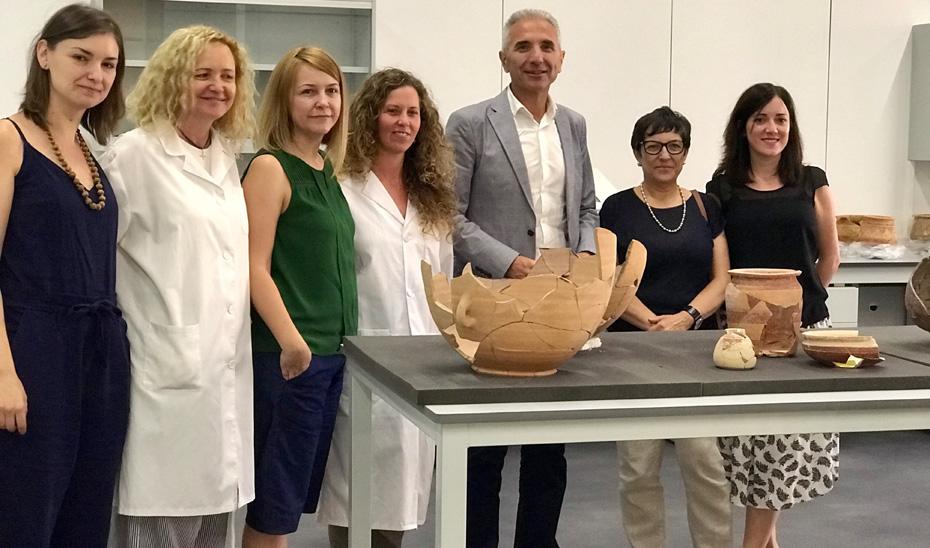 El consejero de Cultura, Miguel Ángel Vázquez, ha presentado el plan museológico que ha elaborado la Junta para llenar de contenido las salas de exposición permanente del Museo Íbero de Jaén.
