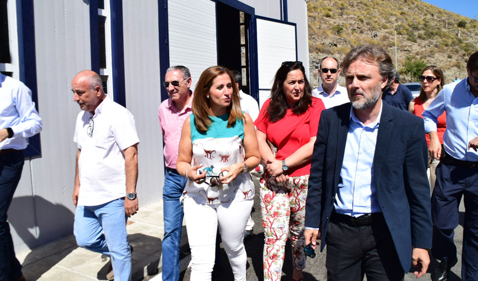 El consejero de Medio Ambiente y Ordenación del Territorio, José Fiscal, ha inaugurado la estación de depuración de aguas residuales de Albuñol (Granada).