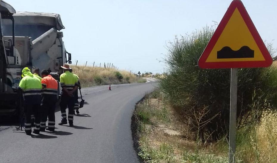La mayor parte de estas intervenciones se desarrollarán hasta el mes de septiembre en las comarcas malagueñas de Ronda y La Axarquía.
