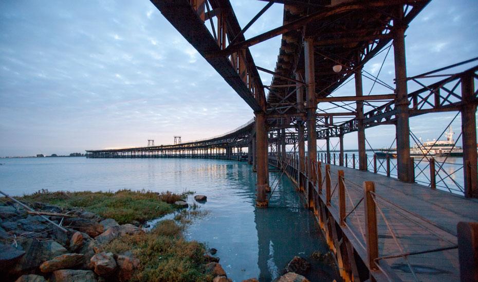 Imagen del Muelle del Tinto en Huelva.