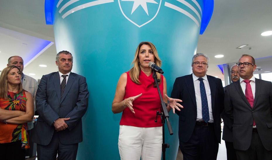 Intervención de Susana Díaz durante su visita al centro de control marítimo Maersk Line en Los Barrios