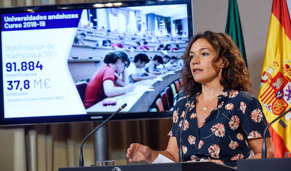 Gálvez destaca que 91.884 alumnos universitarios se beneficiaron de la bonificación de matrículas