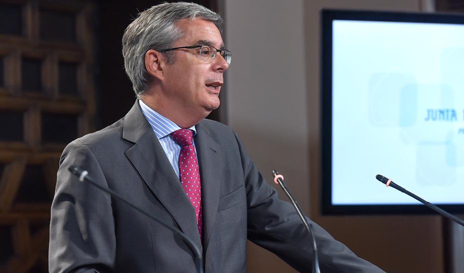 Blanco informa sobre la aplicación del Fondo de Contingencia a las últimas contrataciones de plazas para menores extranjeros
