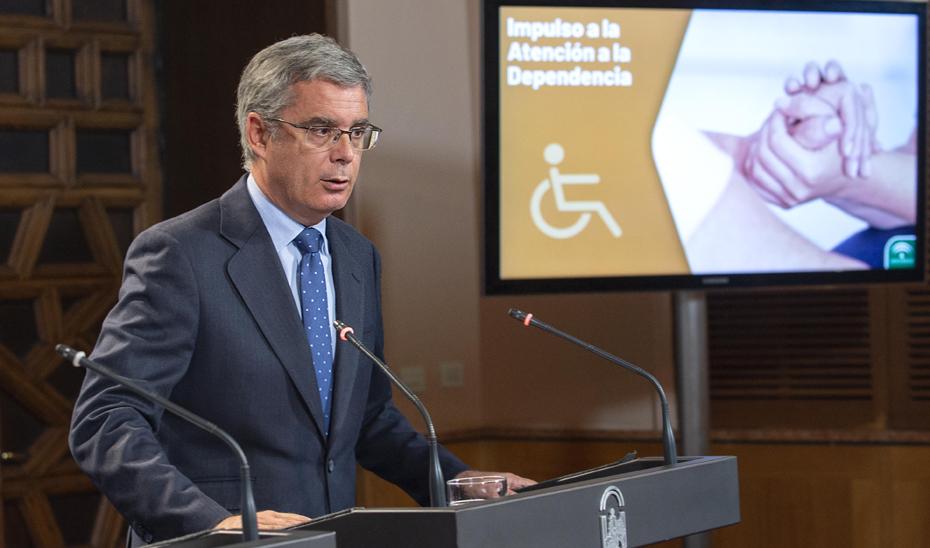 Blanco informa sobre el impulso a la dependencia con medidas por valor de 22,7 millones