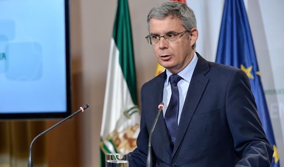 Blanco explica las obras de emergencia en seis carreteras de Sevilla y Málaga con un presupuesto de licitación de 4,52 millones de euros
