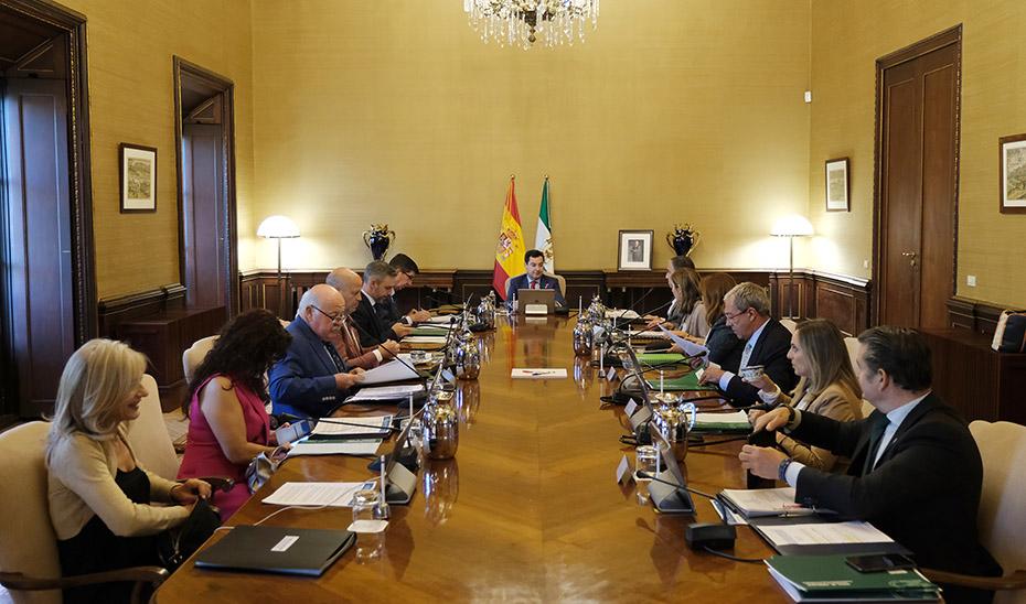 Imagen de archivo de una reunión del Consejo de Gobierno presidido por Juanma Moreno.