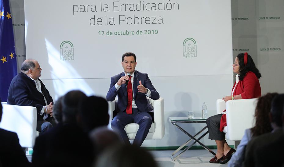 Juanma Moreno preside el homenaje a la EAPN-Andalucía en el Día Internacional contra la Pobreza (audio íntegro)