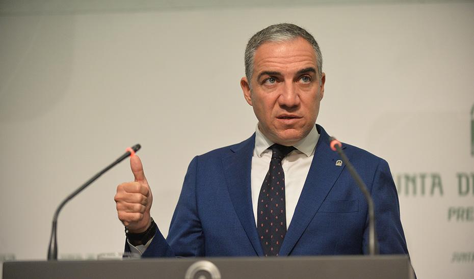 Bendodo subraya el crecimiento de la licitación pública del Gobierno andaluz en un 186% hasta septiembre