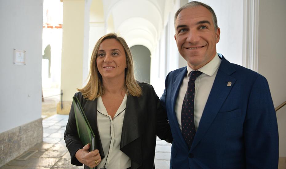 Comparecencia informativa de Elías Bendodo y Marifrán Carazo tras el Consejo de Gobierno (vídeo íntegro)