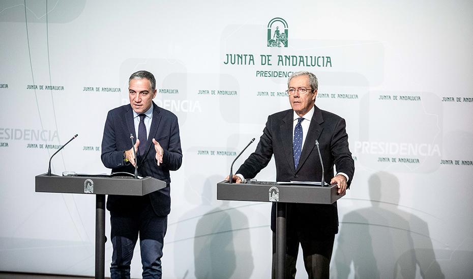 Comparecencia informativa de Elías Bendodo y Rogelio Velasco tras la reunión del Consejo de Gobierno