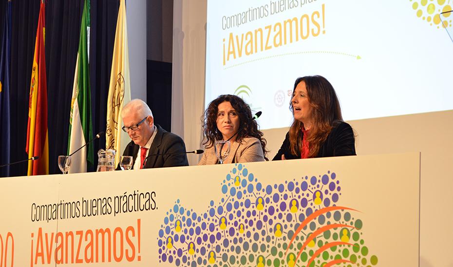 La consejera Rocío Ruiz clausura el XIII Congreso Andaluz de Voluntariado.