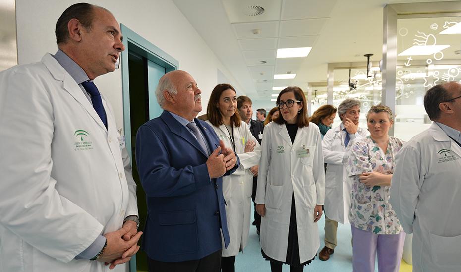 Jesús Aguirre inaugura nueva área de Observación en la unidad de urgencias del Hospital Infantil Virgen del Rocío.