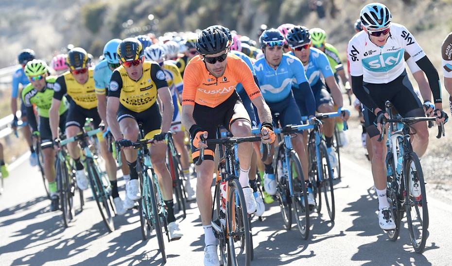 Pelotón de ciclistas en la pasada edición de la Vuelta Ciclista \u0027Ruta del Sol\u0027