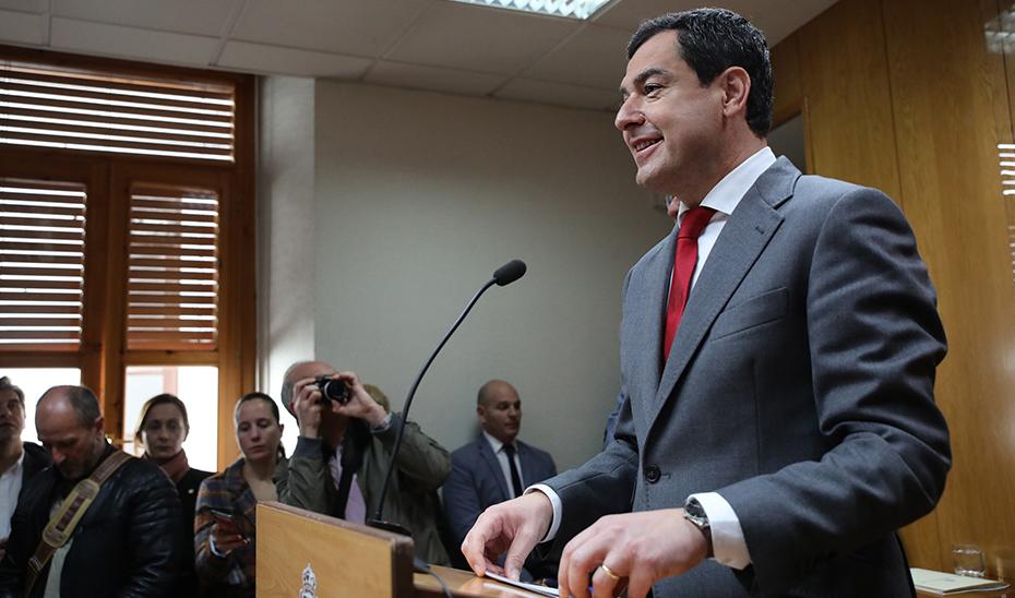 Moreno confía en que las elecciones generales no frenen asuntos de interés para Andalucía