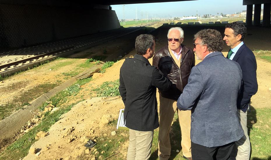 Visita del viceconsejero de Fomento, Infraestructuras y Ordenación del Territorio, Jaime Raynaud, a la prolongación tranviaria de la Línea 1 del Metro de Sevilla con Alcalá