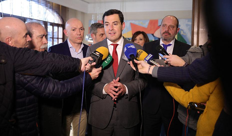 El presidente de la Junta anuncia la puesta en marcha de medidas para la reindustrialización de Linares